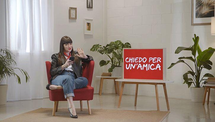 FondazioneVodafone-ChiedoPerUnAmica01.jpg