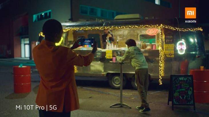 Un frame del nuovo spot Xiaomi