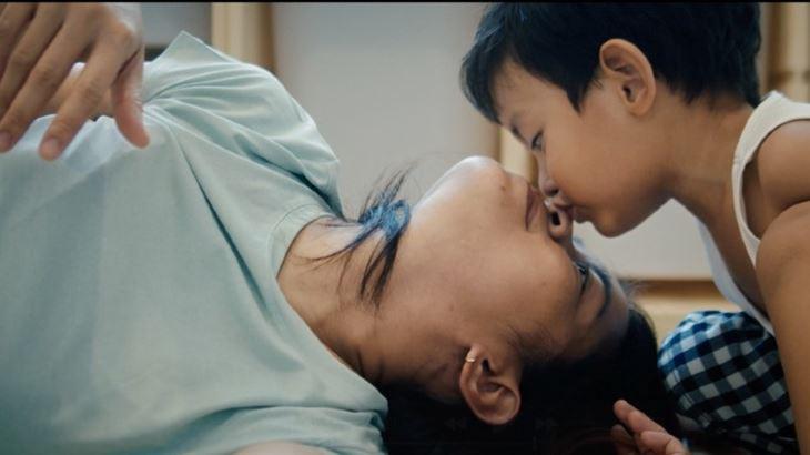"""Un'immagine del video-manifesto """"Emotions"""" di P&G"""