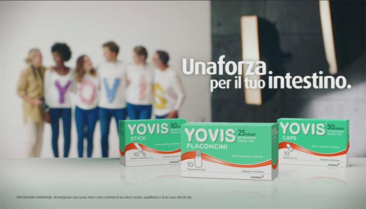 Un frame dello spot Yovis