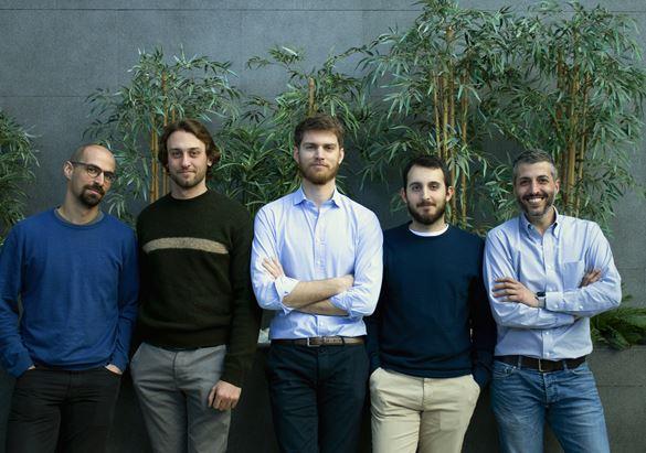 Il team di Rolling Pandas. Al centro, Andrea Spaggiari