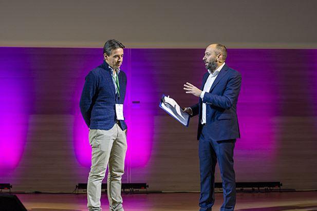 Vincenzo-Cosenza-vincenzo-cosenza-Buzzoole-engage-conference-2018.jpg
