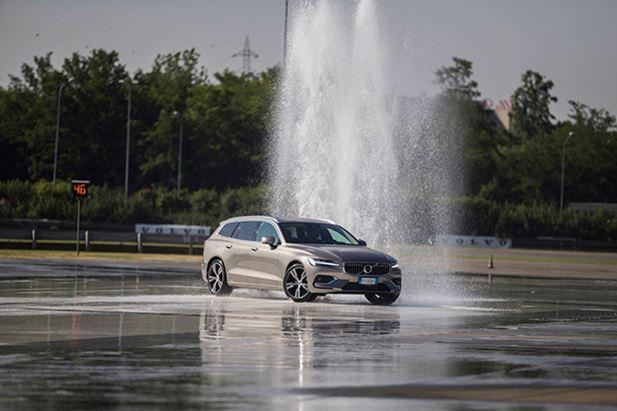 Volvo-Drivelab-V60-Test-Drive.jpg