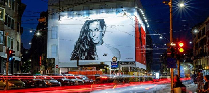 Affissioni-pubblicitarie-Milano-1024x456.jpg
