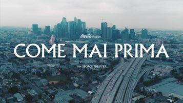 Il frame iniziale del nuovo spot Coca-Cola