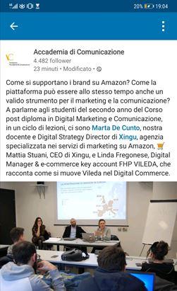 Un post Facebook dell'Accademia di Comunicazione