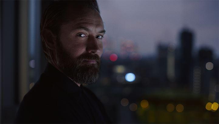 Jude Law nello spot dedicato a Sky Wifi