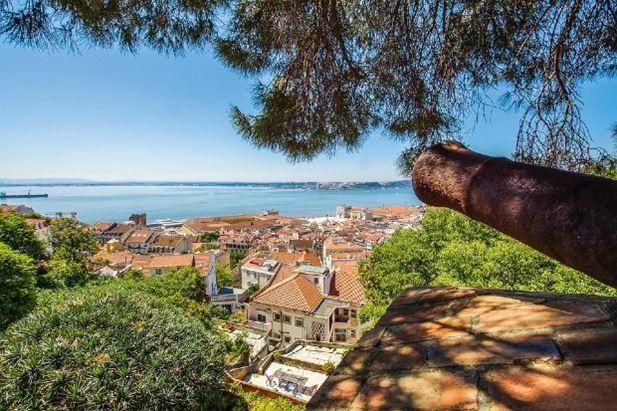 Un'immagine di Lisbona