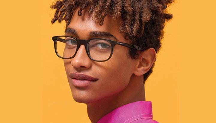 Un soggetto della campagna S/S 2021 di Polaroid Eyewear firmata M&C Saatchi