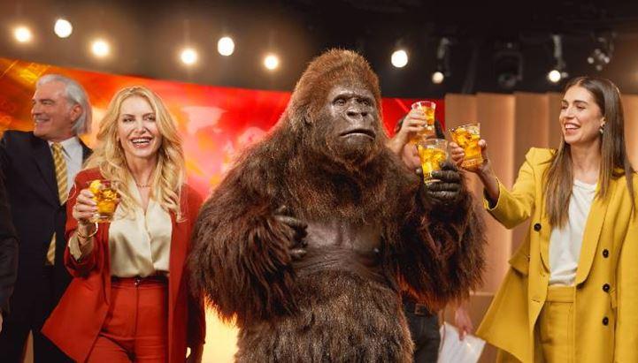 Crodino_spot-gorilla-2021.jpg