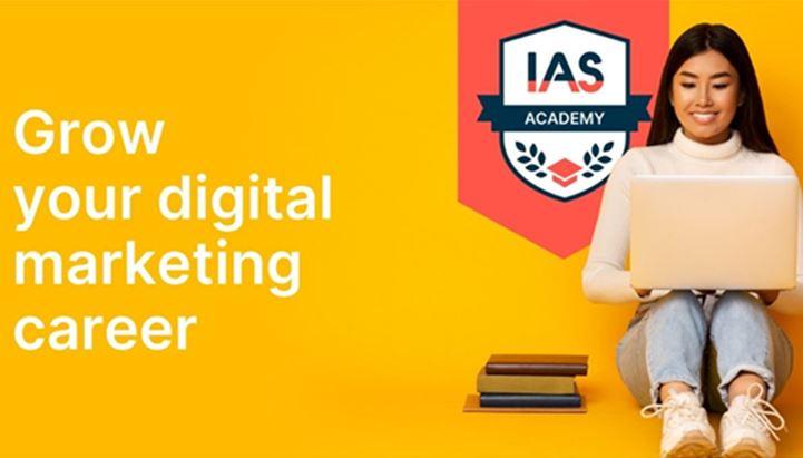 IAS lancia un programma di formazione sulla verifica degli annunci digitali