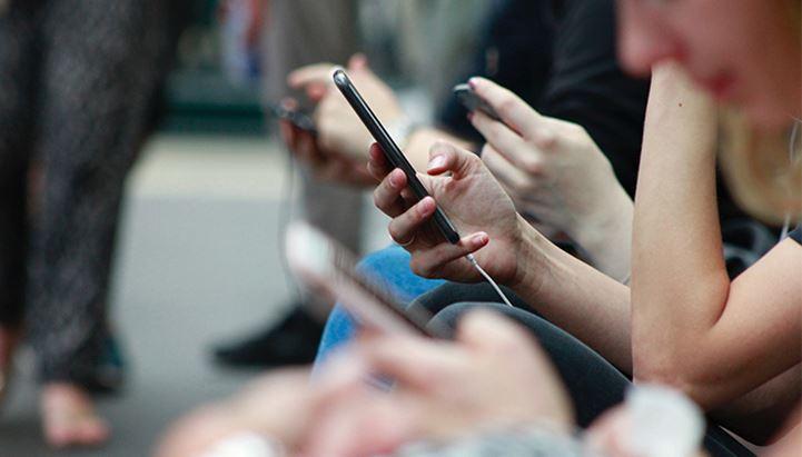 Zenith ha scattato una fotografia a livello globale dell'andamento della spesa adv delle telco