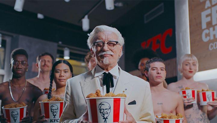 Un frame del nuovo spot di KFC Italia