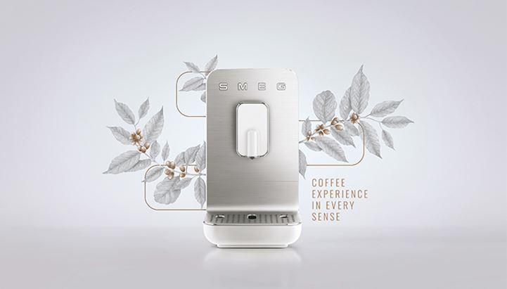Smeg ha scelto Suntimes per il lancio internazionale della macchina espresso automatica