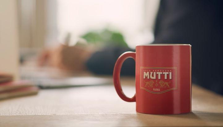 Un'immagine della nuova campagna digital di Mutti